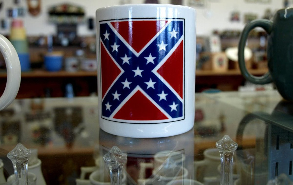 Woman Confronts Store About Confederate Rugs (Video) Promo Image