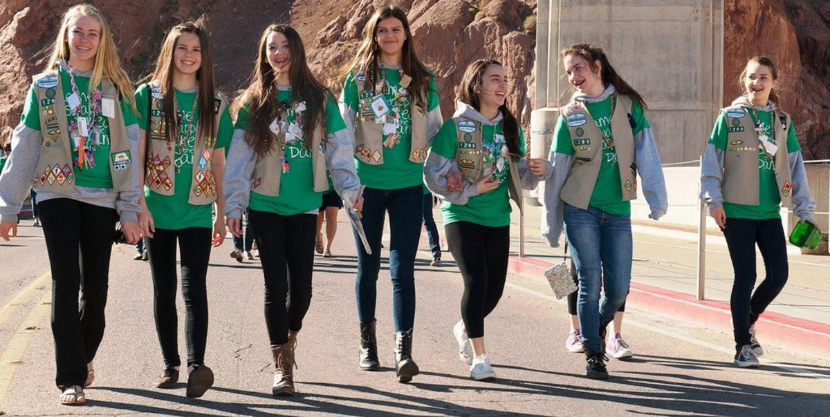 Girl Scouts Say Children Should Not Be Forced To Hug Promo Image