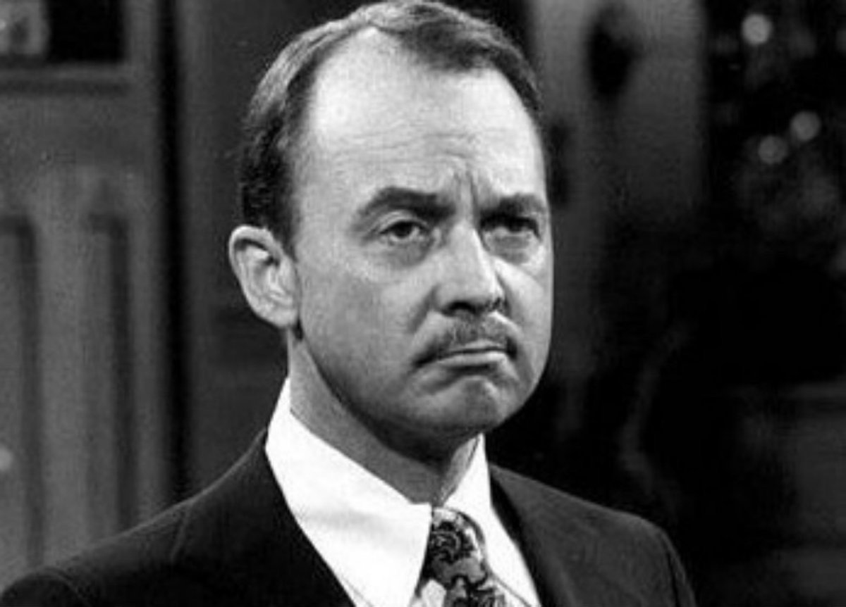 'Magnum, P.I.' Actor John Hillerman Dead At 84 Promo Image