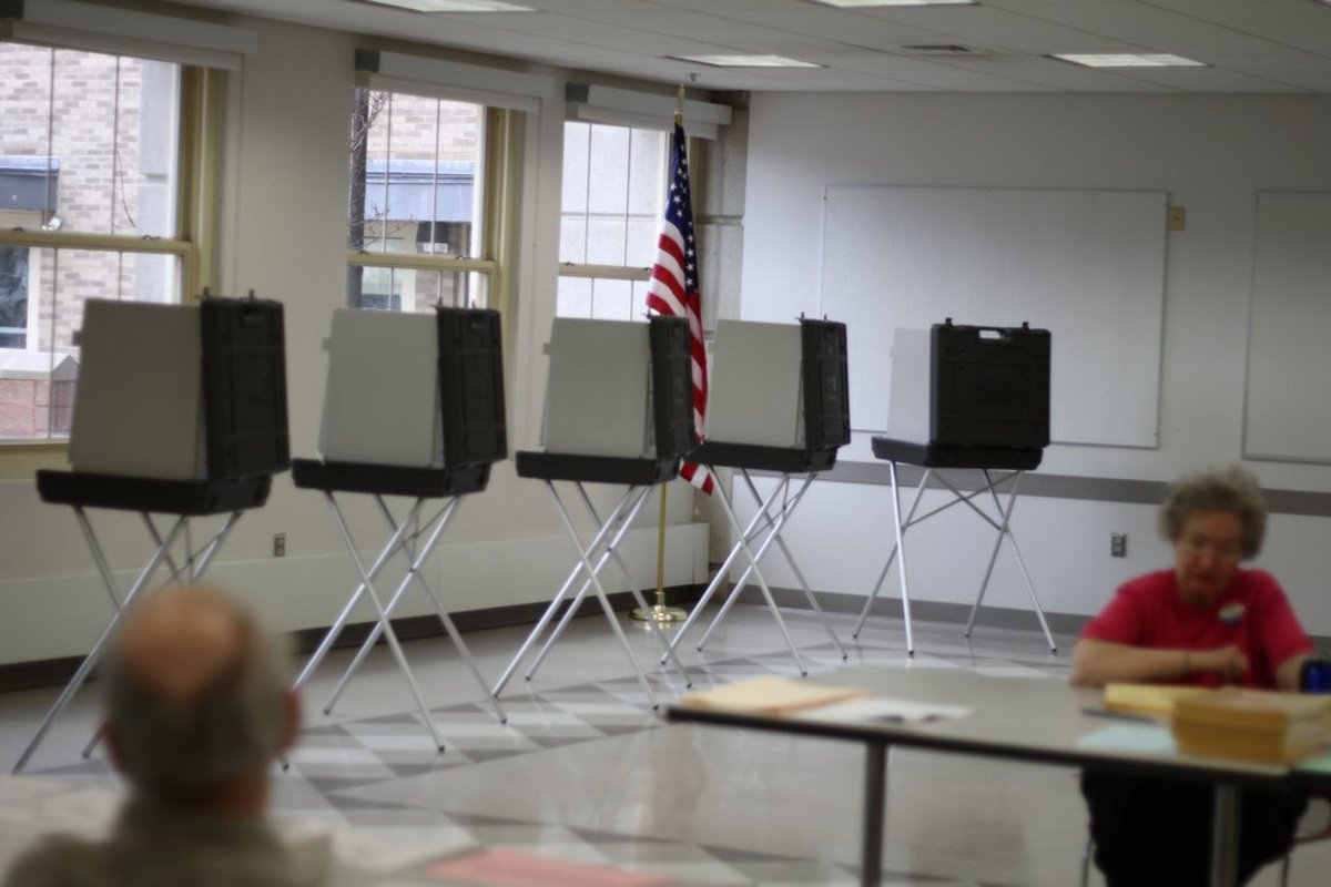 City Might Allow Undocumented Immigrants To Vote Promo Image