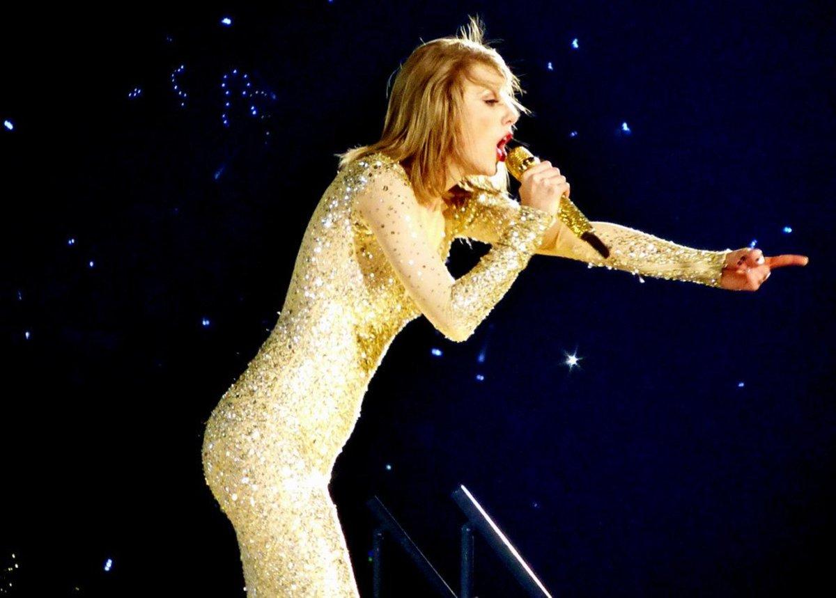 Taylor Swift Accused Of Mocking Kim Kardashian Robbery Promo Image