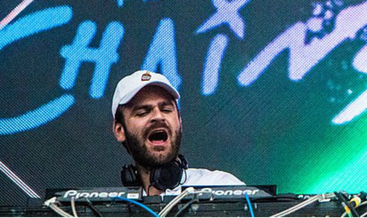 The Chainsmokers' DJ Filmed Cheating (Video) Promo Image