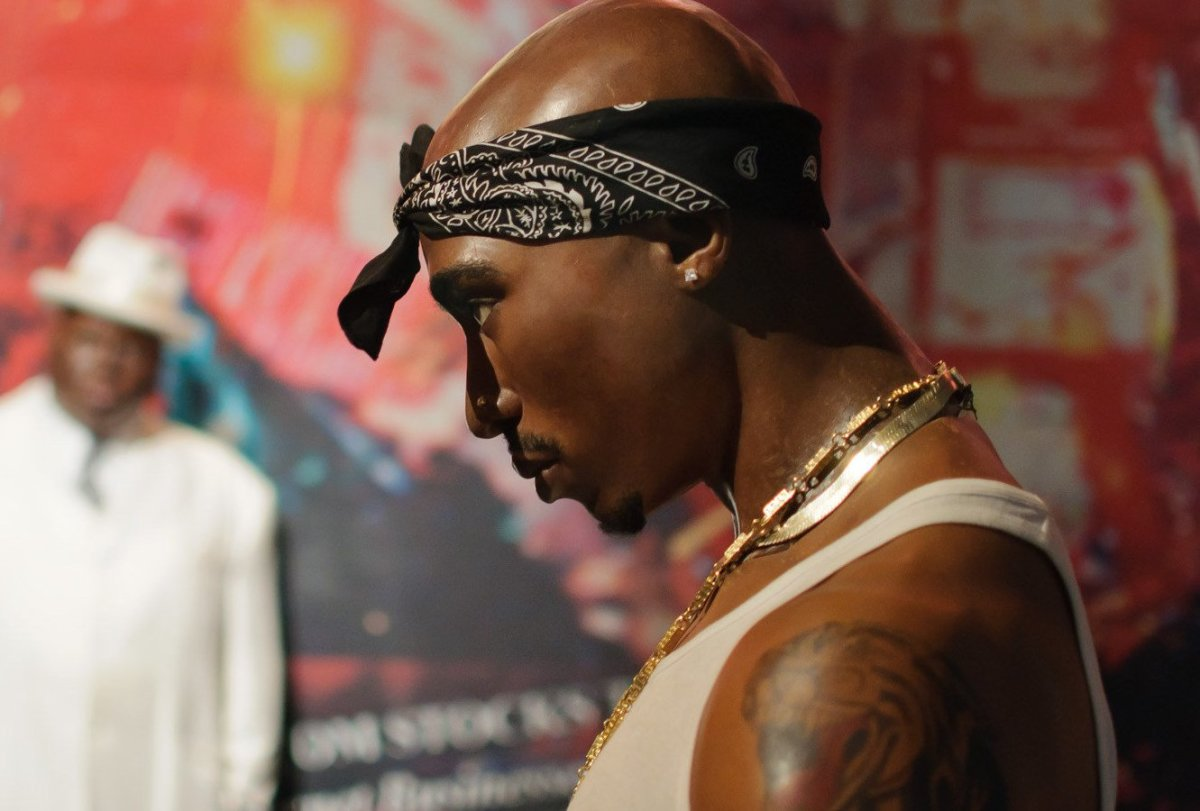 Tupac Nude Photo Goes Up For Auction Promo Image
