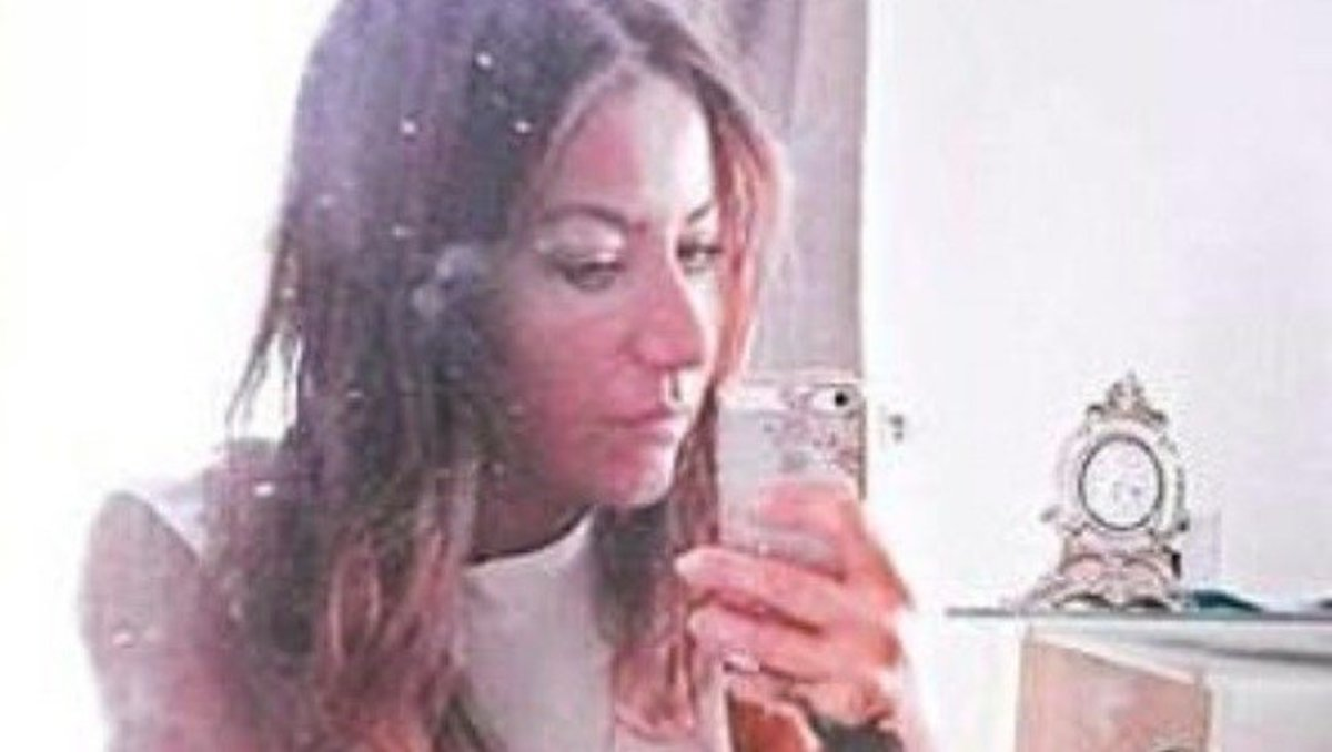 Teacher Suspended Over 'Provocative' Selfie -- Did She Go Too Far? (Photos) Promo Image