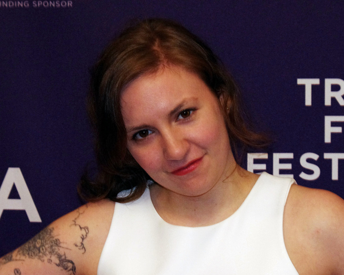 Lena Dunham Draws Ire For Father's Day Tweet Promo Image