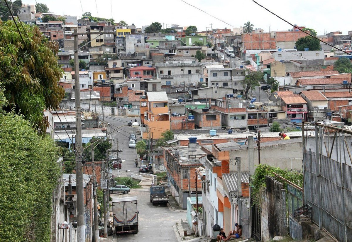 Brazilians Returning To Poverty After Economic Boom Promo Image