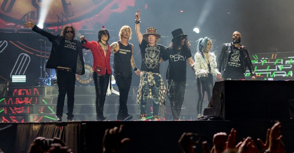 Guns N' Roses Frontman Axl Rose Slams Donald Trump Promo Image