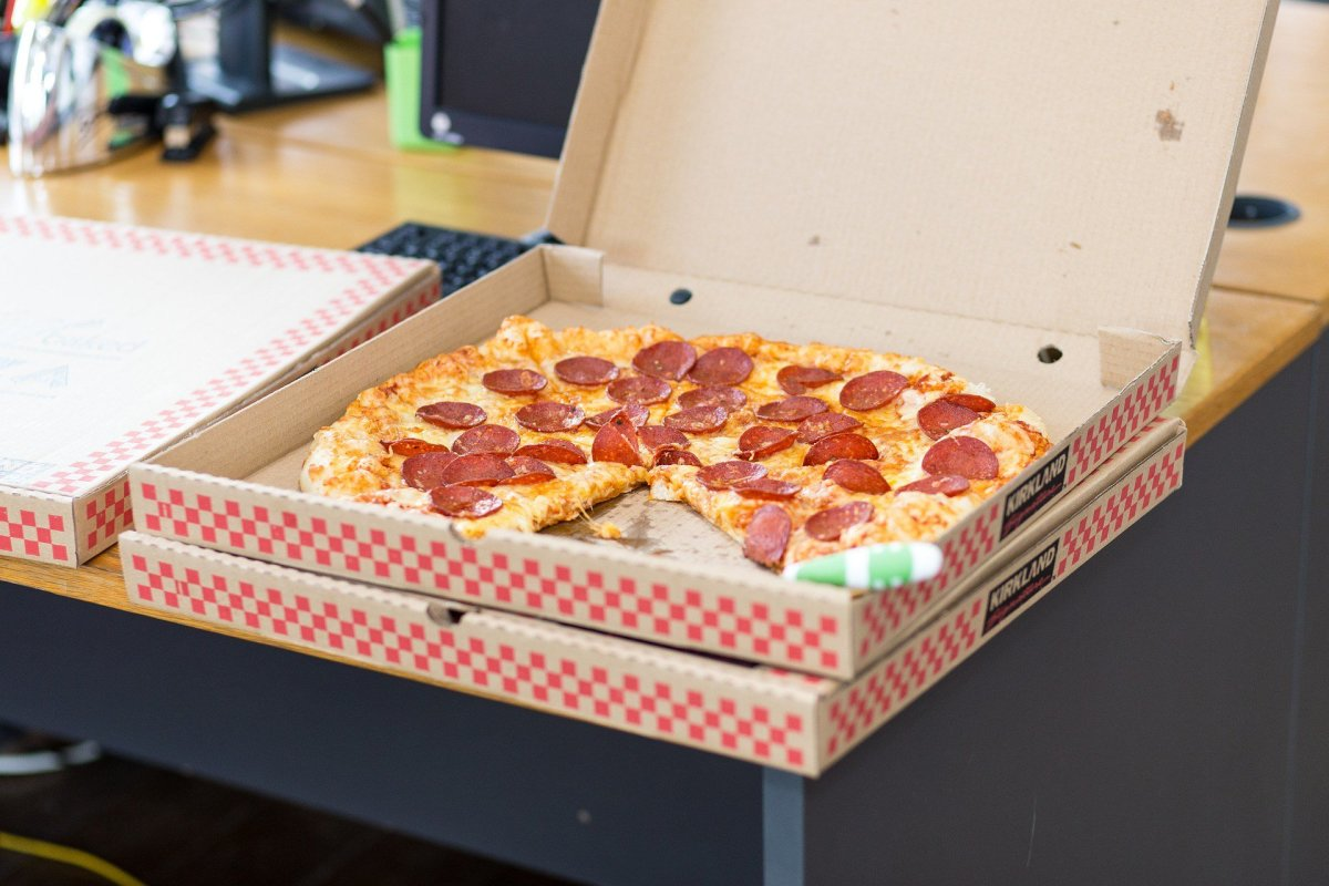 Worker Fired Over Inappropriate Joke Inside Pizza Box (Photo) Promo Image