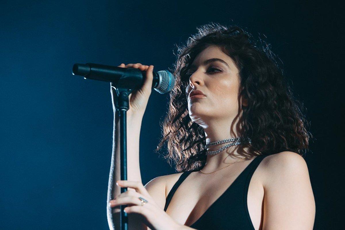 Lorde Cancels Israel Concert Amid Criticism Promo Image