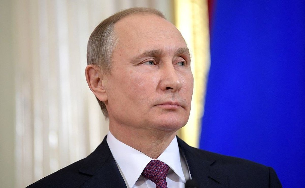 State Department Revokes Visa Of Putin Opponent Promo Image