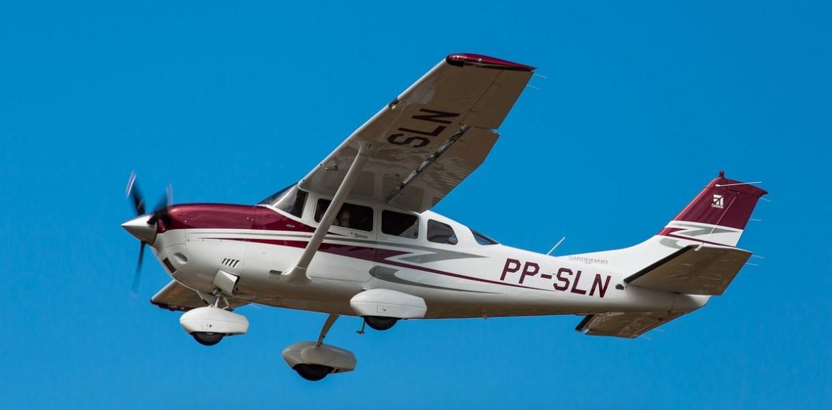 Pilot Dodges Highway Traffic During Emergency Landing (Video) Promo Image