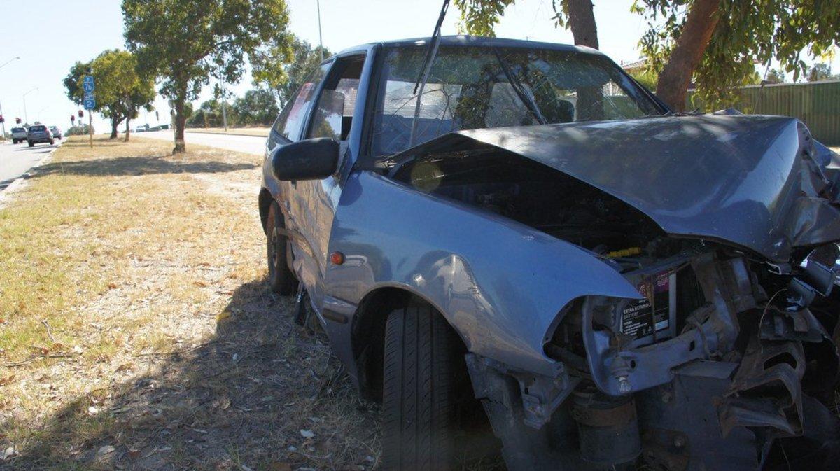 Three Teens Die After Crashing Stolen Car (Photos) Promo Image