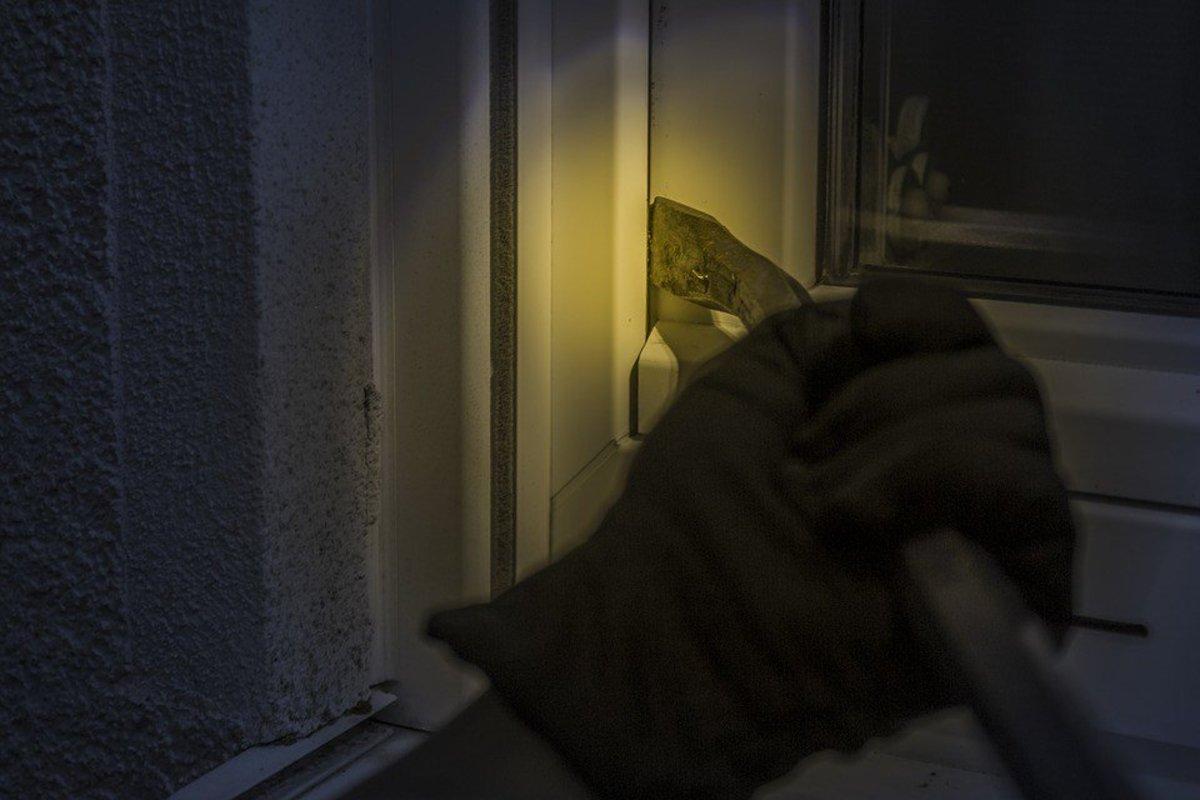 Home Invader Shot To Death  Promo Image