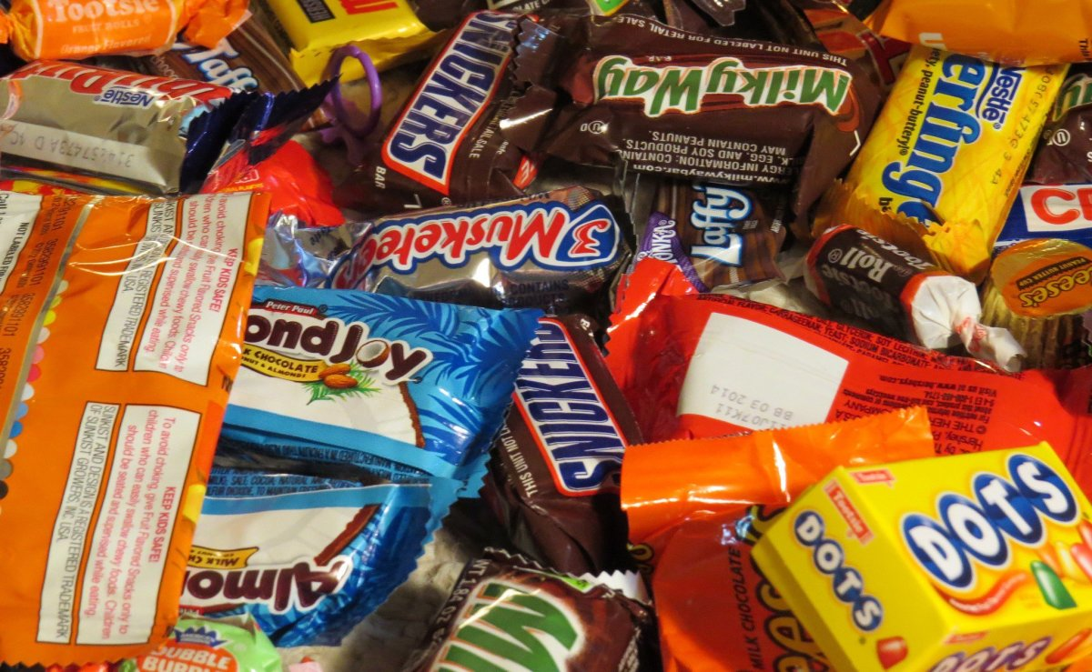 Parents Find Bag Of Meth In Child's Halloween Candy (Photos) Promo Image
