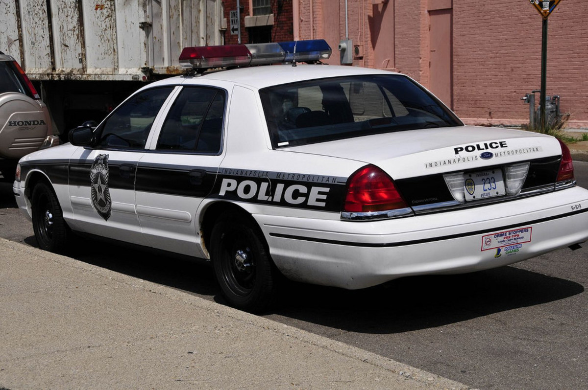 Officers Accused Of Racial Profiling In Attorney Stop (Video) Promo Image