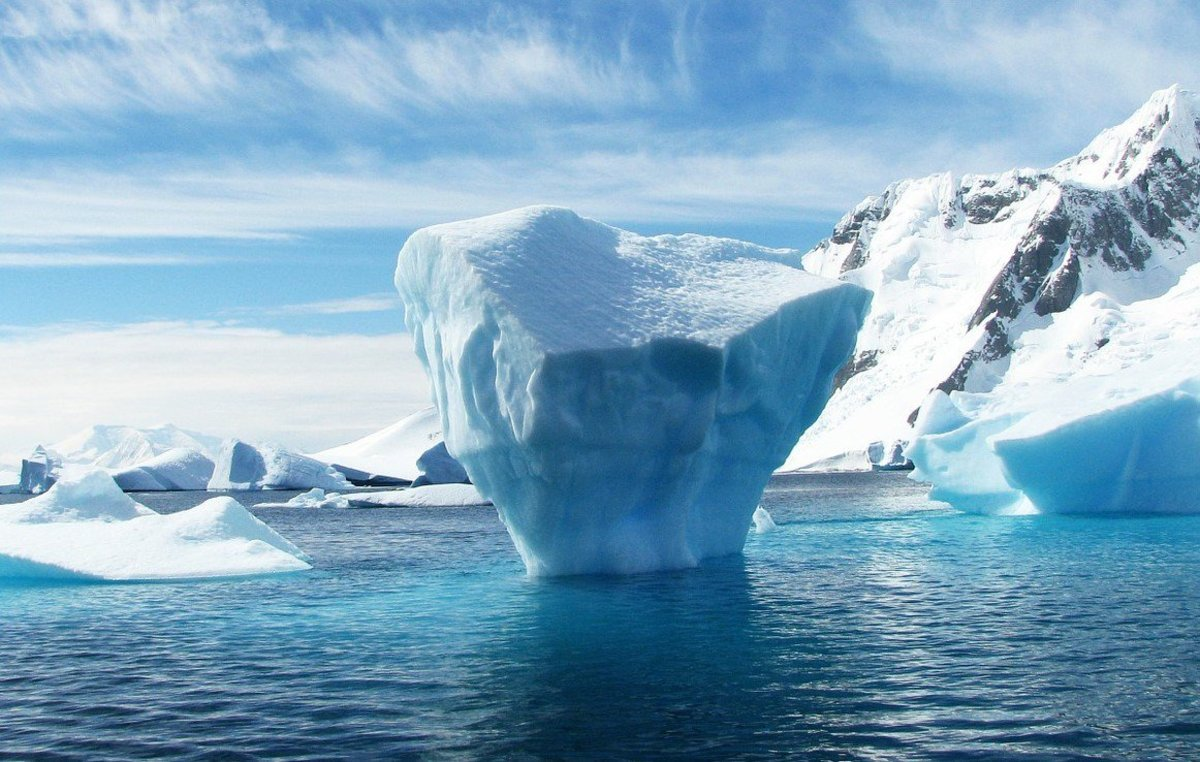Scientists Baffled By Recurring Hole In Antarctica (Photos) Promo Image