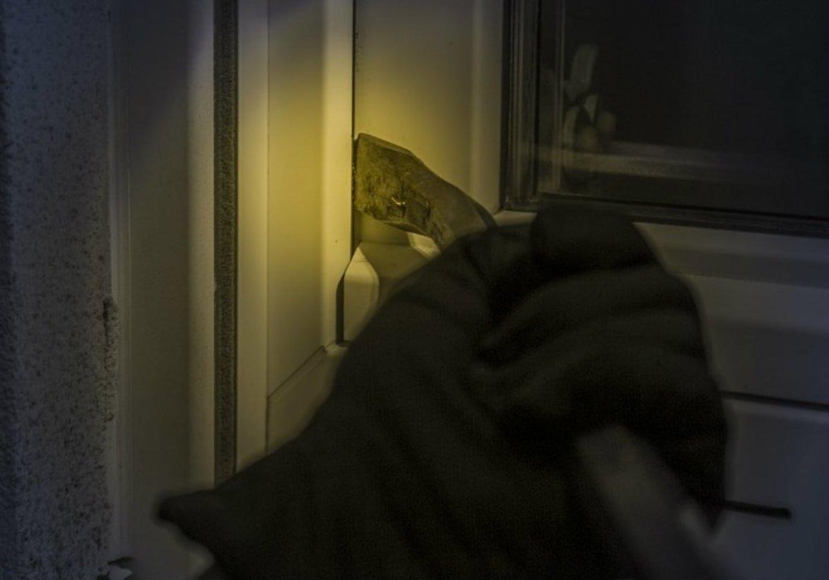 Hearing To Determine If 'Burglar Killer' Goes To Trial (Photos) Promo Image