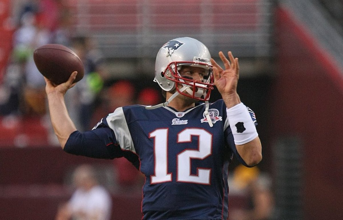 Tom Brady Ridiculed For Dropping Pass (Photos) Promo Image