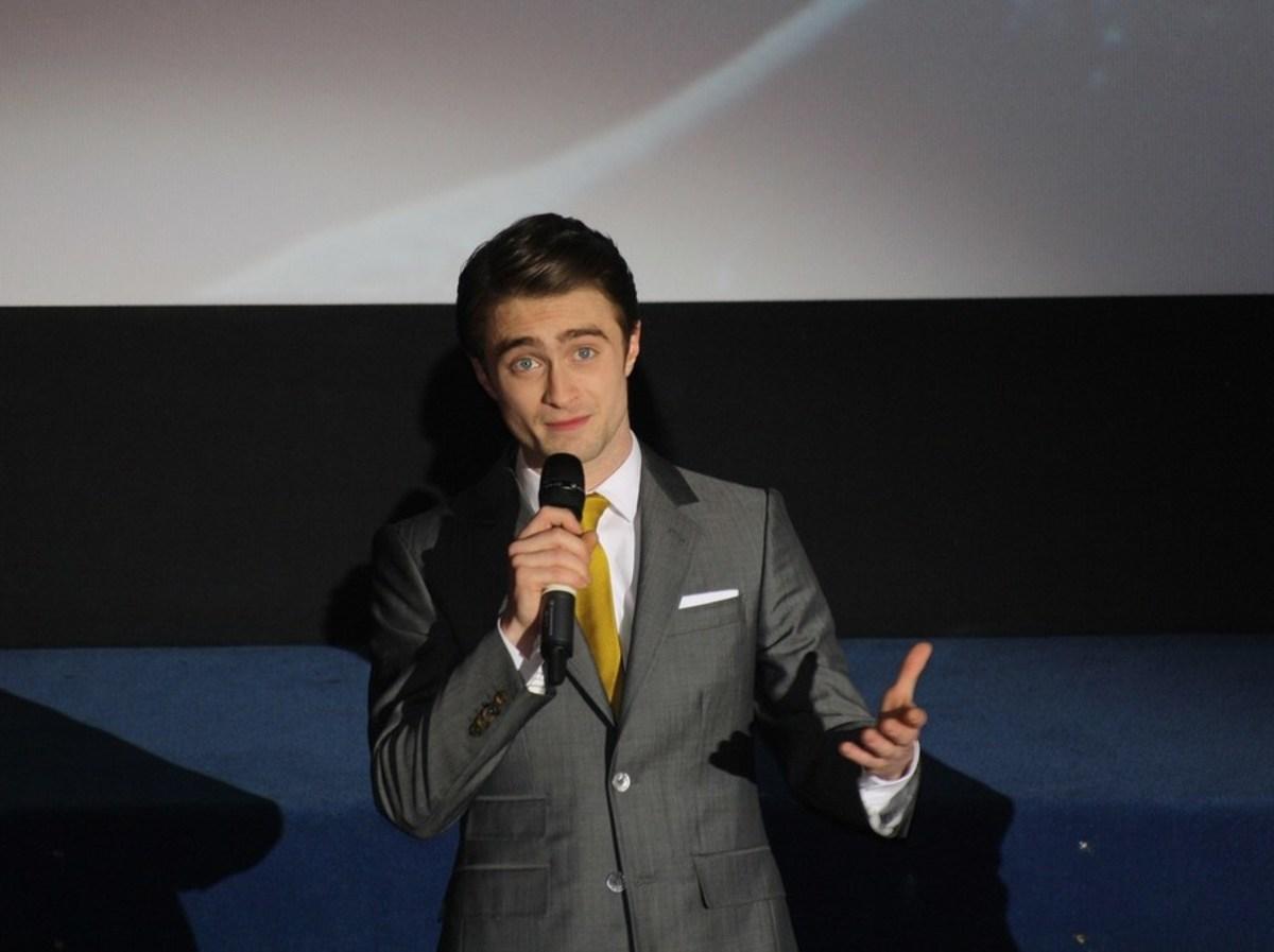 Daniel Radcliffe Assists London Mugging Victim Promo Image