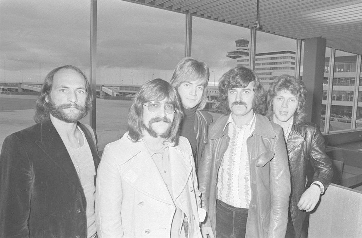 Moody Blues Founder Ray Thomas Dies Aged 76 Promo Image