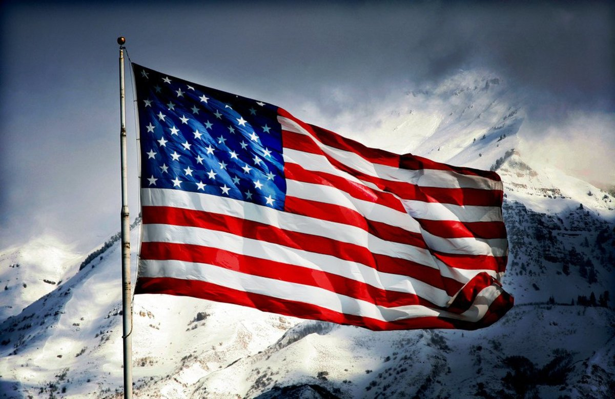 Man's Photo Of American Flag Goes Viral (Photo) Promo Image