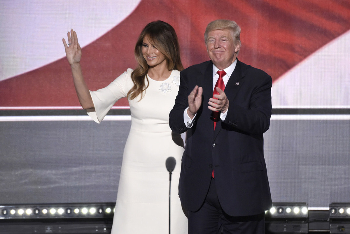 Expert Predicts Donald And Melania Will Split Up Promo Image