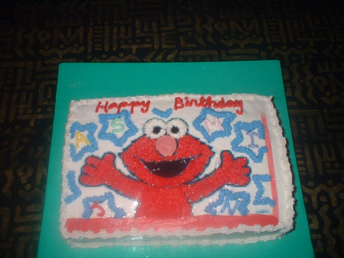 Magnificent Elmo Birthday Cake From Walmart Had A Knife In It Opposing Views Personalised Birthday Cards Veneteletsinfo