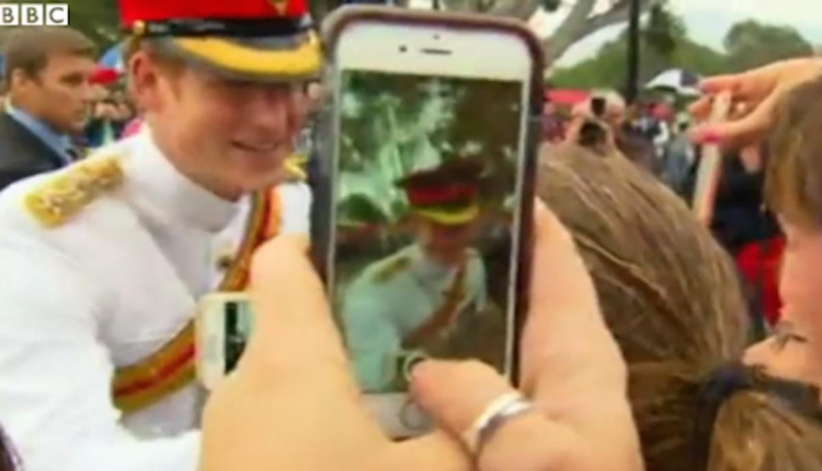 Royal selfies: Royalty taking selfies best moments