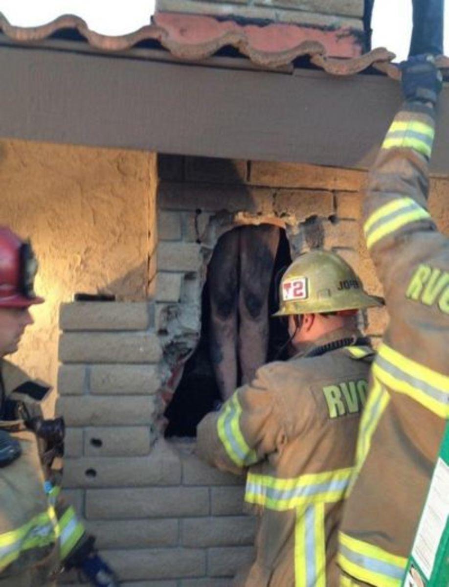 Naked woman gets stuck in ex-boyfriends chimney   Power 107.5