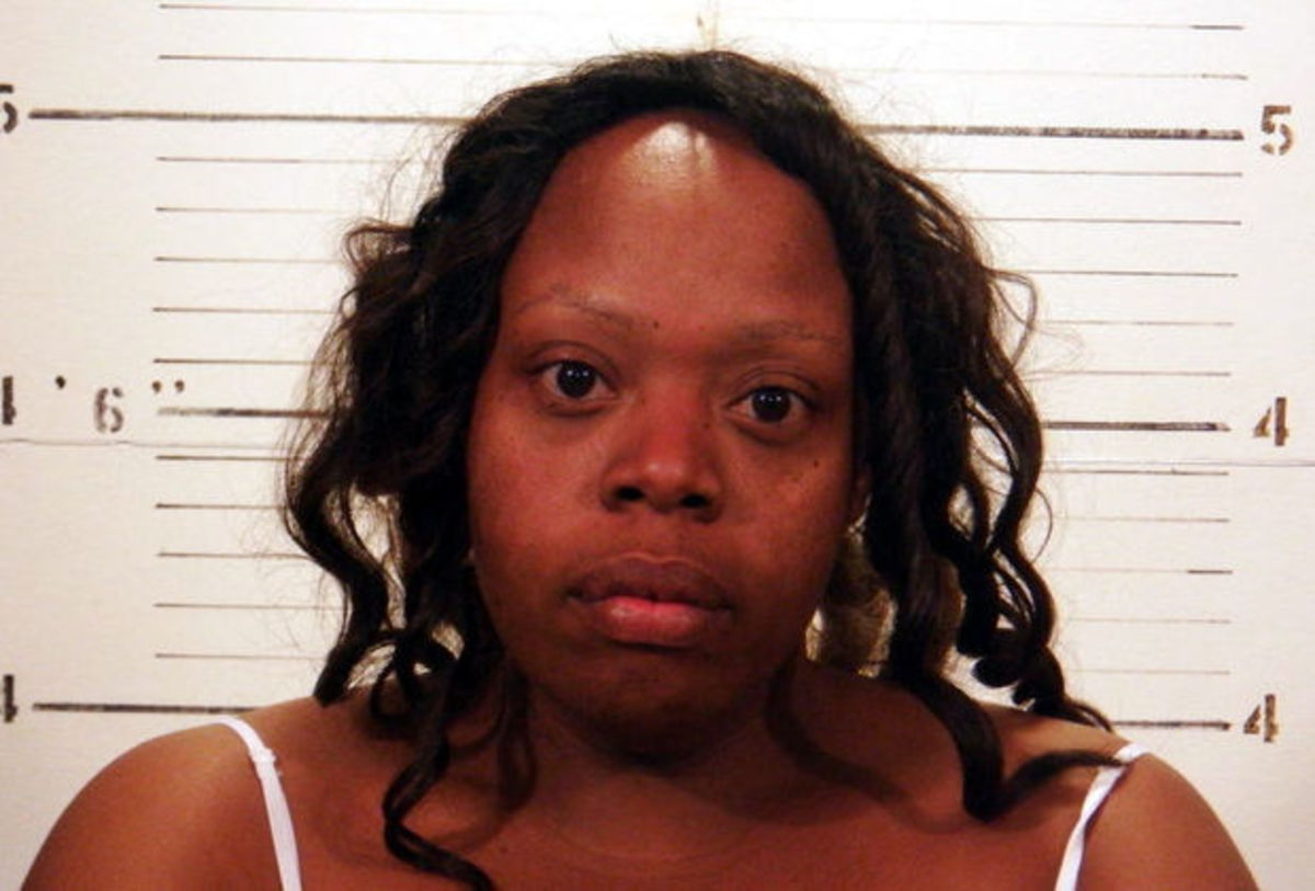 Police: Illinois Mom Abandoned Children At Motel To Go On