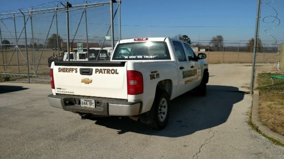 Arkansas Sheriff's Department Adds 'In God We Trust' To