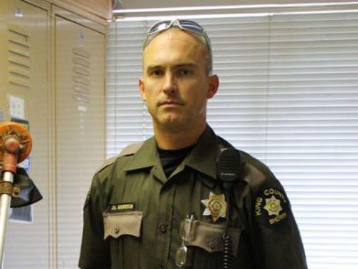 sheriffs deputies fired dozens - HD1200×901
