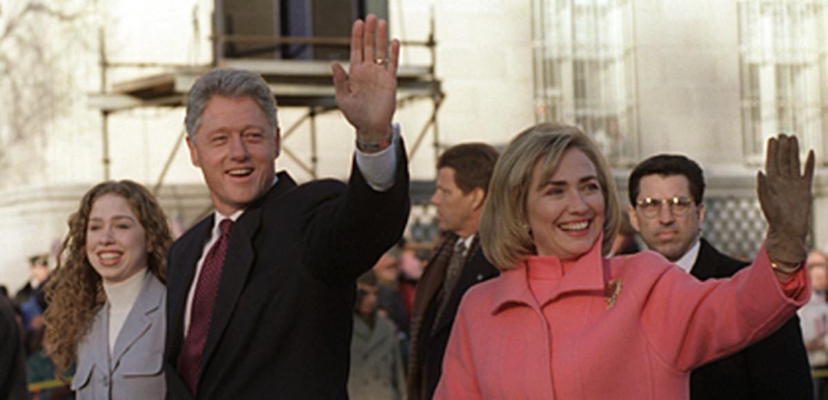 Hillary-Clinton-Bill-Chelsea-on-parade