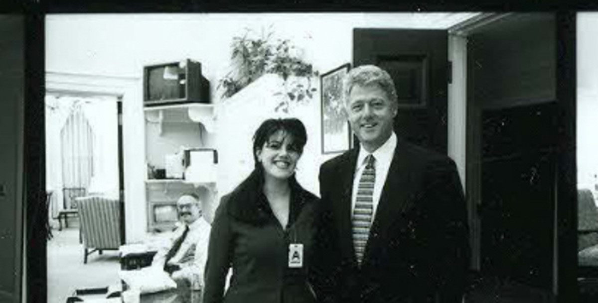 Photographs-of-Monica-Lewinsky-at-the-White-House-During-Novembe