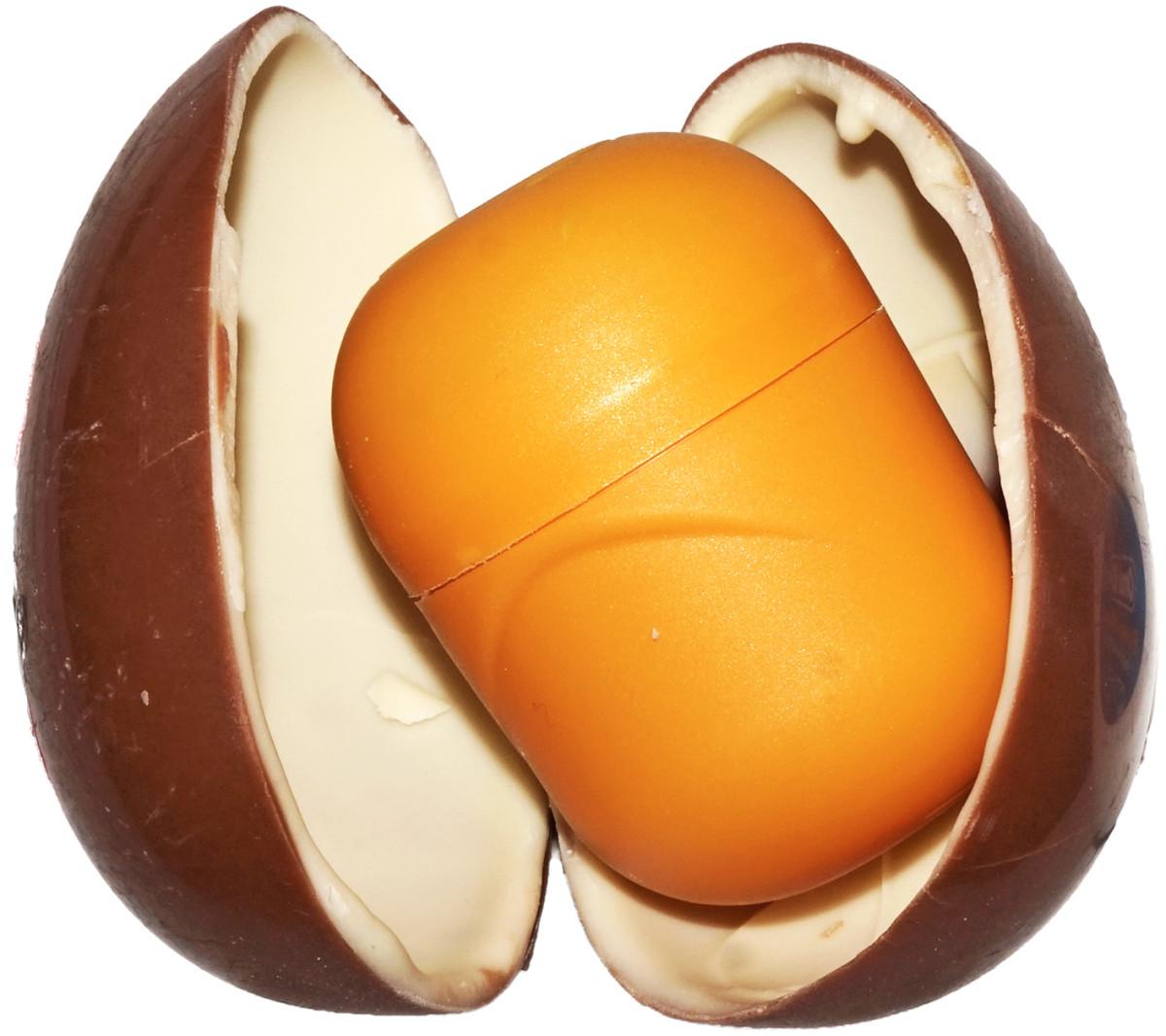 Kinder-egg-open