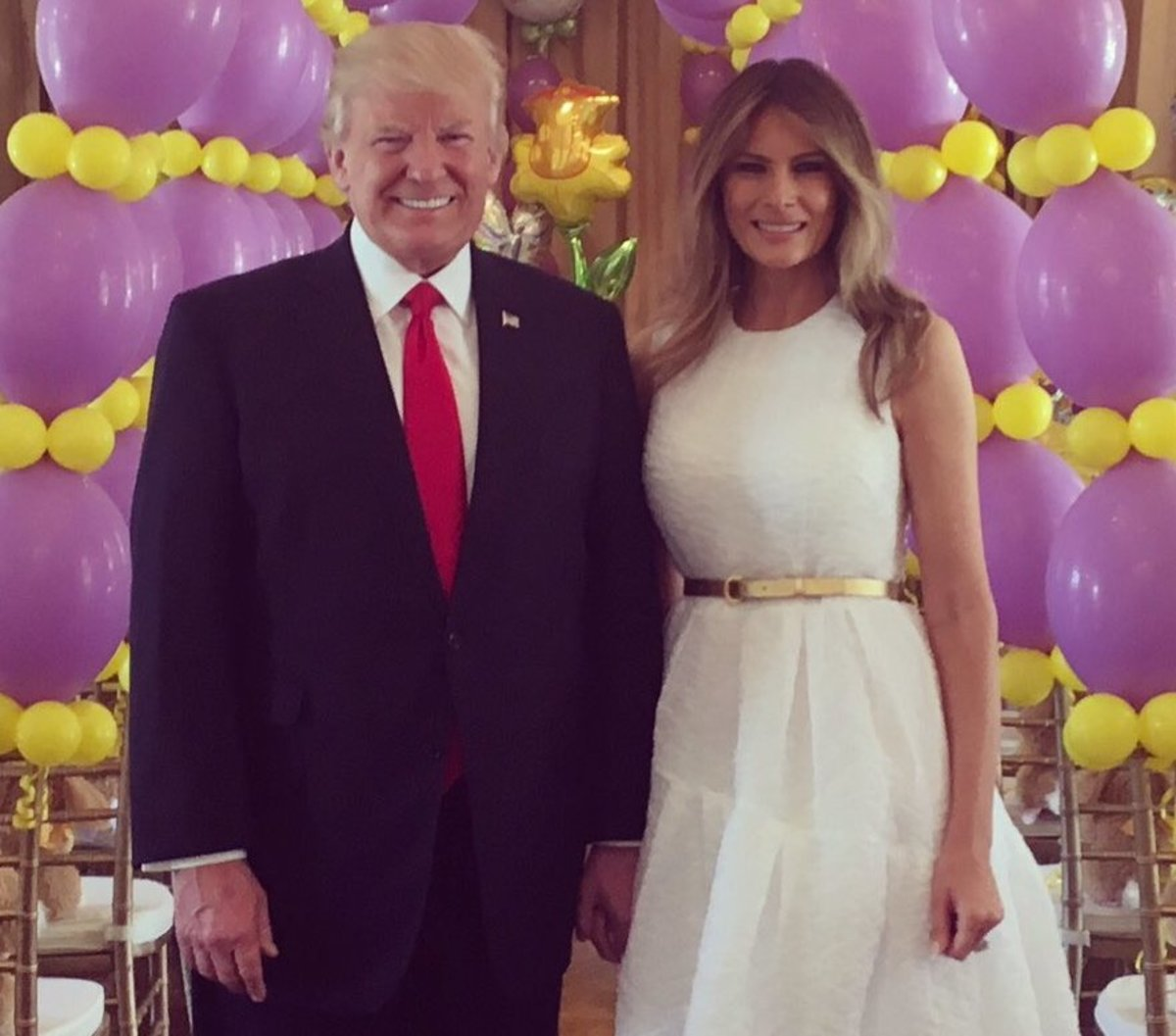 Donald-and-Melania-Trump-Easter-2017-cropped2